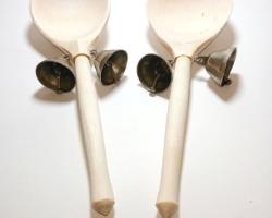 Ложки деревянные с колокольчиками